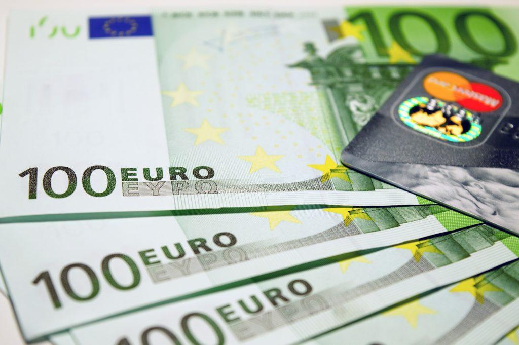 Сколько стоит медицинская страховка для въезда в Шенгенскую зону