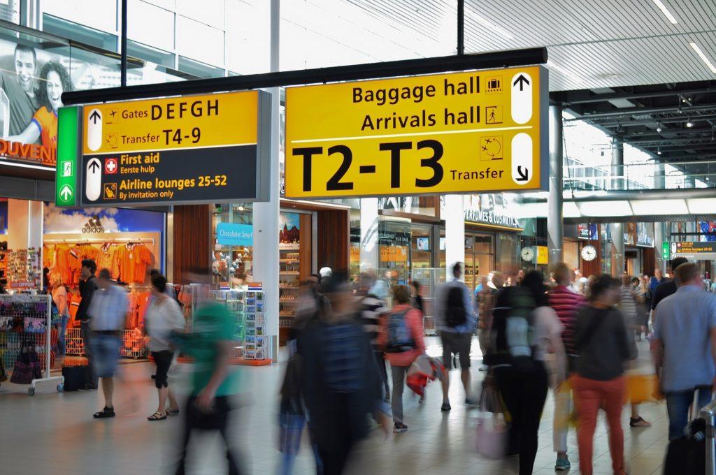 Как узнать ограничен ли вам выезд за границу