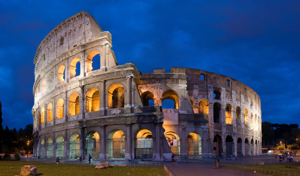 Изображение - Иммиграция в италию colosseum_in_rome_italy_-_april_2007-1024x601