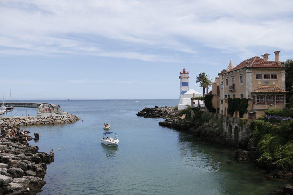 Изображение - Внж в португалии lighthouse-1000624_1920-1024x683