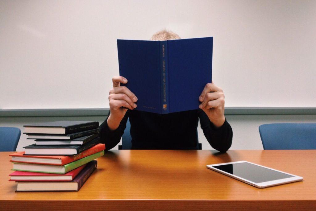 Изображение - Иммиграция в словению read_learn_school_student_education_knowledge_study-1197145-1024x684