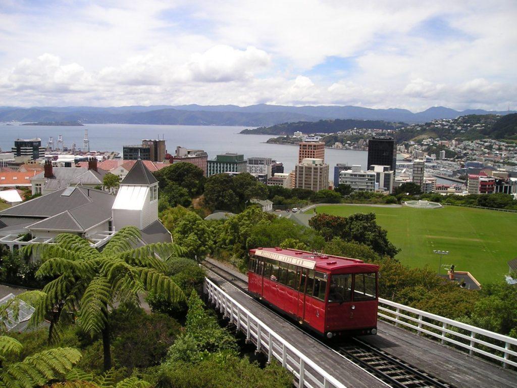Изображение - Как получить гражданство новой зеландии new_zealand_wellington_rack_railway_viewpoint_view-1161081-1024x768