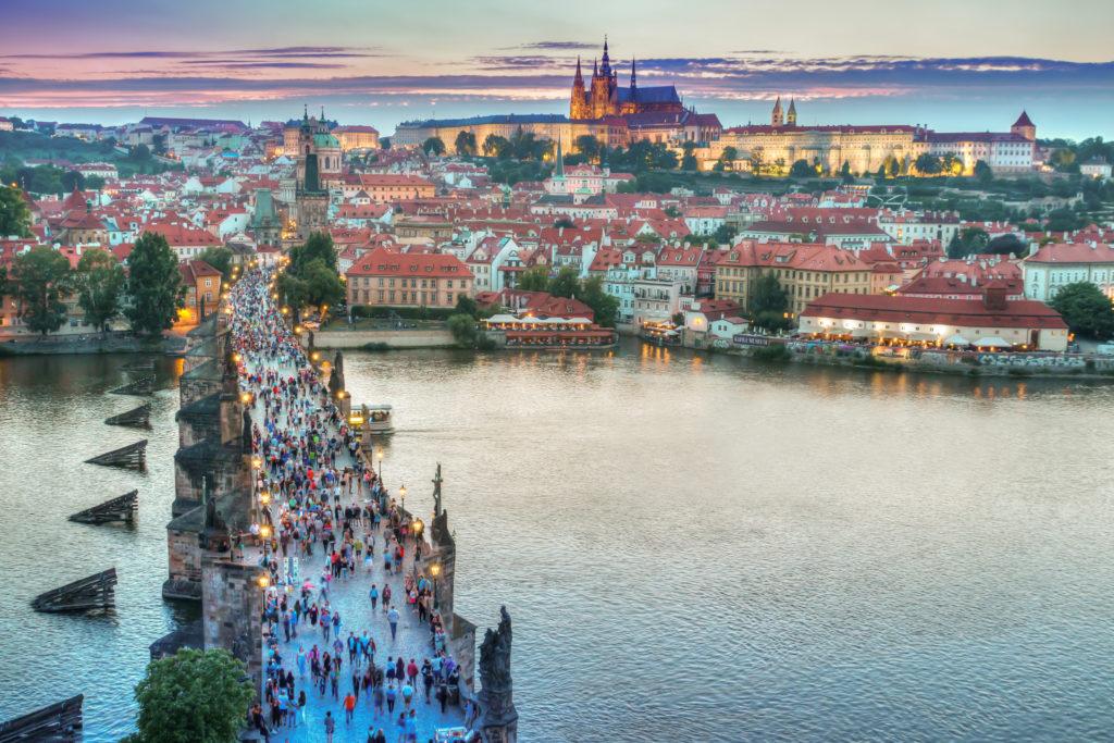 Изображение - Внж в чехии pexels-photo-126292-1024x683