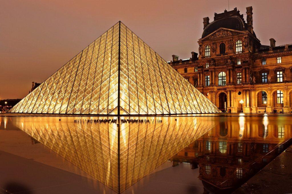 Изображение - Внж во франции evening-exhibition-france-2363-1024x682